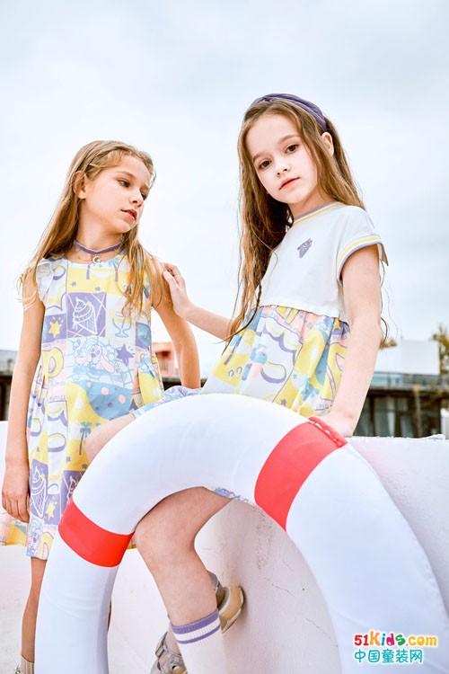 最美人间四月天,时尚好看的暇步士潮流新款来袭