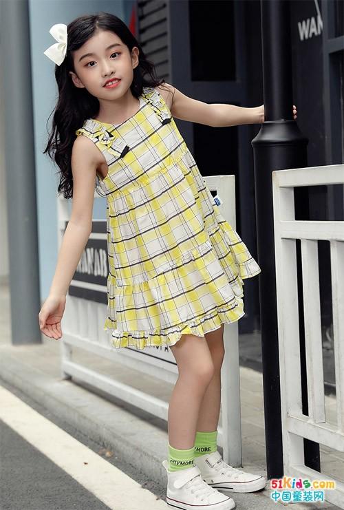 我最爱的颜色是夏天的晨曦黄
