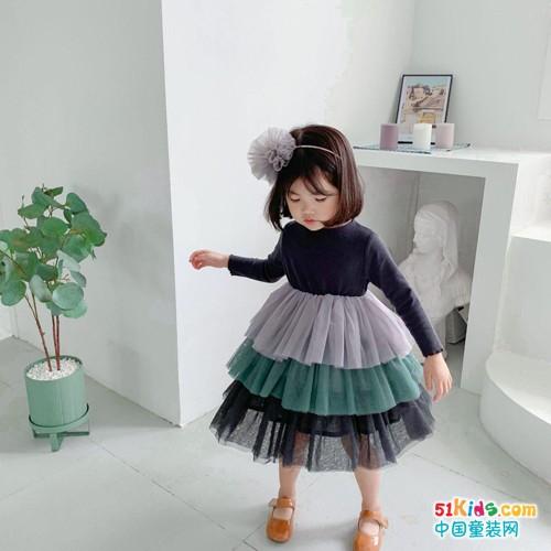 賓果童話女童穿搭:時尚潮女假日出街首選