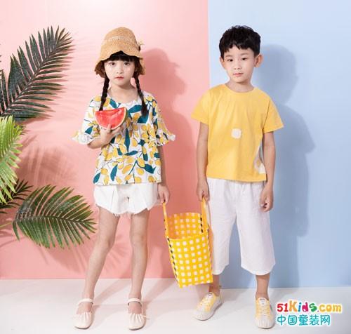 夏日炎热和焦灼,棉绘童装带来些许清爽和翠绿