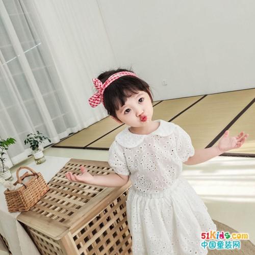 宾果童话童装  欣赏孩子是最好的教育