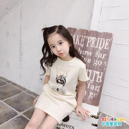 宾果童话童装,每一件服饰都代表着一份欣赏和信任