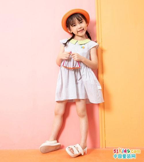 杰米熊童装 夏天里穿上可爱的小花裙