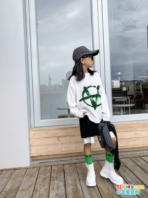 亲子印象童鞋品牌:舒适的消费和穿着体验