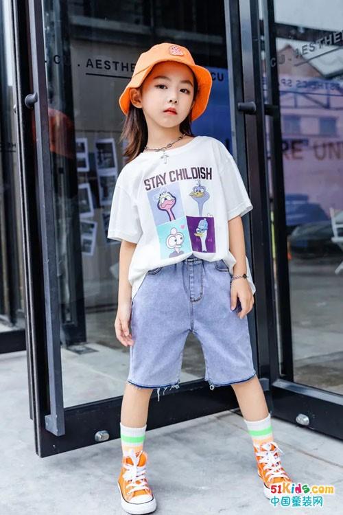 卡兒菲特童裝  穿出時尚大氣范