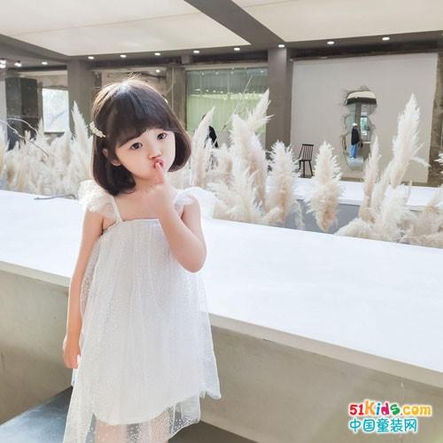 宾果童话童装 带给孩子一个美丽的童话世界