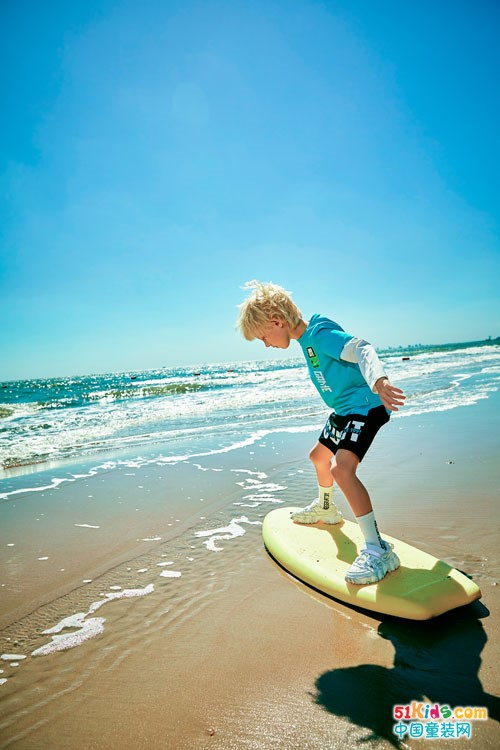 水孩儿童装,夏天里感受清凉如水