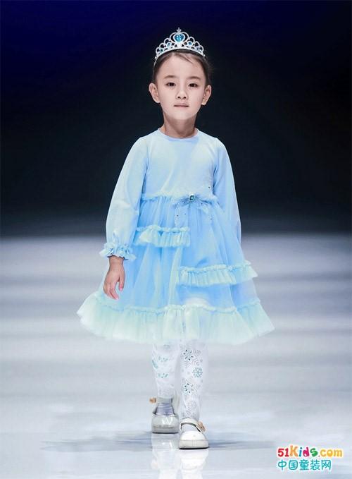 中国国际儿童时尚周巴拉巴拉大放异彩,荣获中国十大童装品牌