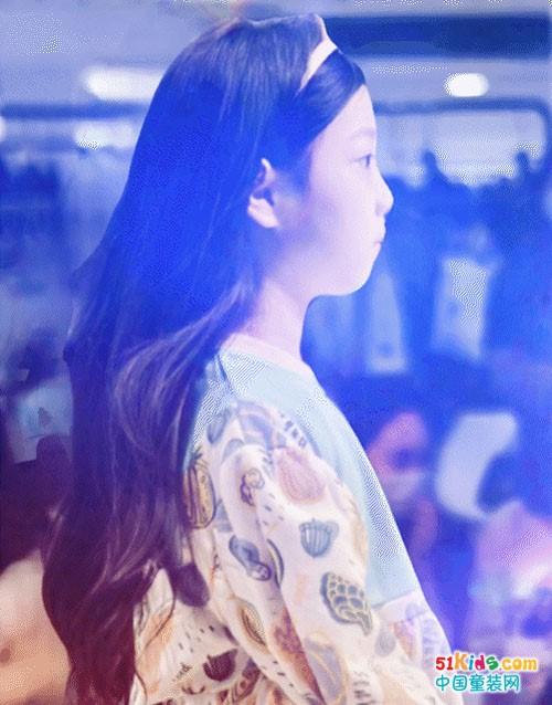 接力上海,森虎儿童装亮相时尚深圳展