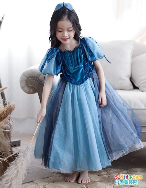 有哪些仙气飘飘的小美裙?复古式纱裙怎么穿更有灵气?
