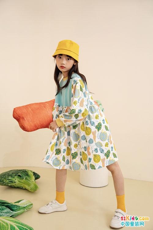 今年流行什么颜色的韩版裙?花裙子和纯色裙子有啥区别?