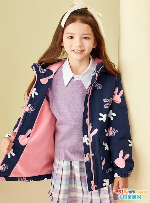 水孩儿丨开学季 一件新衣带来一抹秋日温度