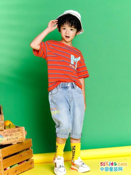 有哪些经典的原宿风推荐?白T和花纹T哪个更适合男孩穿?