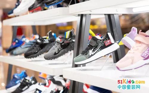 加盟卡丁童鞋品牌,创造童鞋市场奇迹