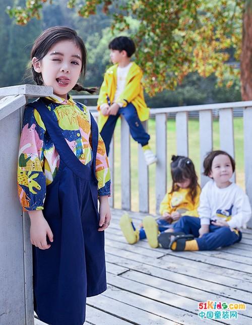 秋天的童话里,有安米莉童装的美丽传说