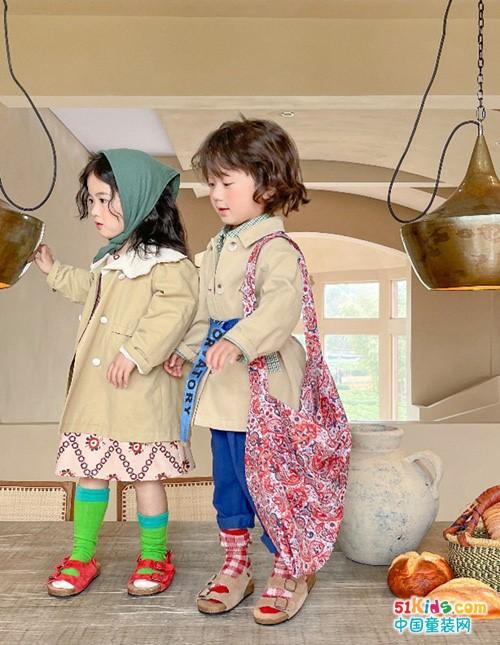 女孩如何穿出优雅公主范,安黎小镇童装这样搭配最自然