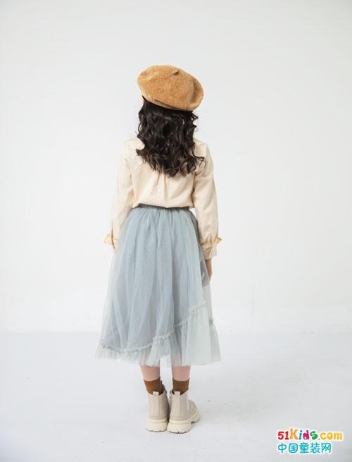 长裙和什么搭配最吸睛?如何把衬衣和雪纺裙搭出仙女范儿?