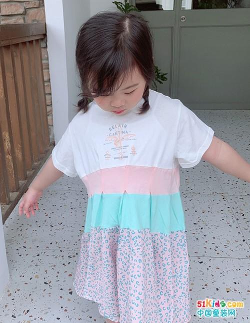 有哪些适合小女孩穿的韩版裙推荐?纯色裙和撞色拼接裙哪个更好看?