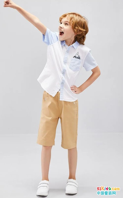 2021年秋季流行哪些经典衬衣?衬衣和什么颜色的裤子搭配更有品味?