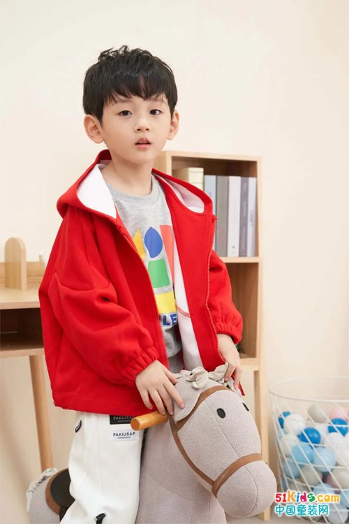 快乐精灵开启儿童秋日时尚,与您一起欢度国庆