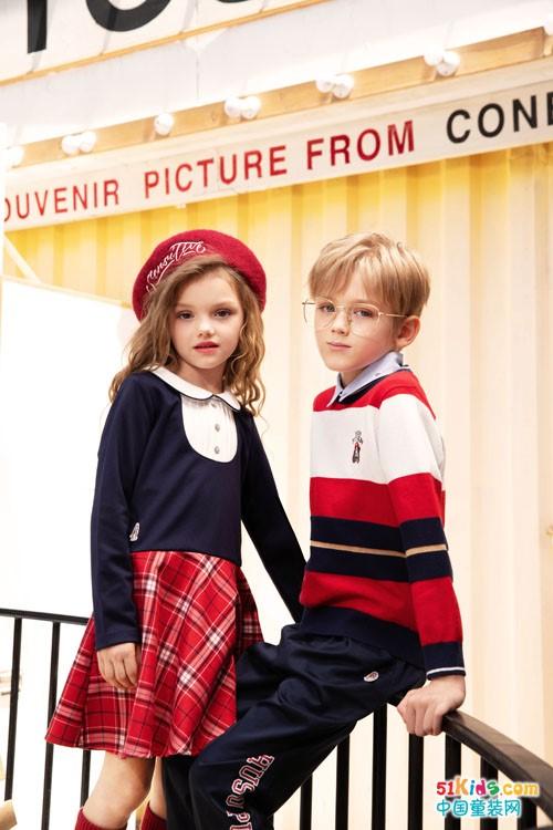 今年秋冬季流行什么款式的小美裙?如何把格子裙穿出韵味?