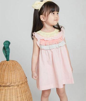 ETTOI 愛多娃 女孩兒和她的連衣裙