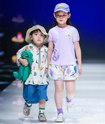 中國國際兒童時尚周巴拉巴拉大放異彩,榮獲中國十大童裝品牌