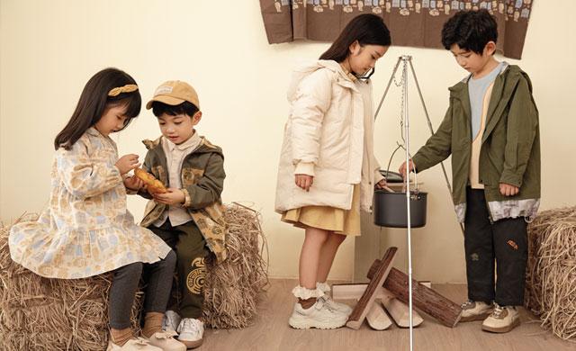 秋冬季怎么穿裙子更显腿长个子高?韩版裙配什么颜色的打底裤更潮?